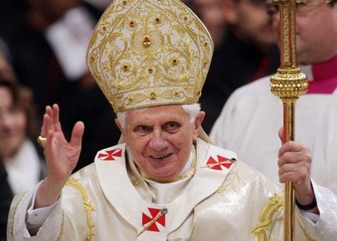 el 11 de Febrero de 2013 el Papa Benedicto XVI presentó su renuncia