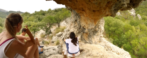 las formaciones rocosas del santuario nos invitan a hacer nuestro trabajo.